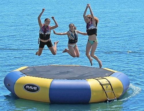 Best 5 Water & Floating Trampoline & Bouncers In 2021 Reviews